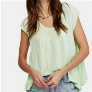 Free People keep It casual T-shirt green sz Small